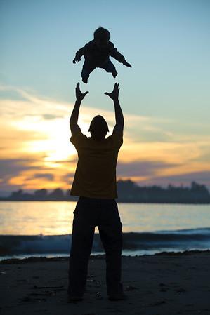 Charlene + Joe = Zable > Kazel (Family Photography, Seabright Beach, Santa Cruz, California)