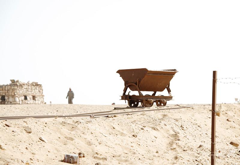 saqqara_unas_tomb_serapeum_dahshur_red_bent_pyramid_20130220_4978.jpg