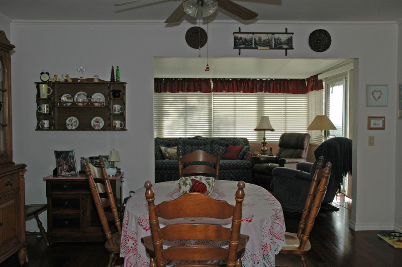 easthaven_10974 looking at family room.jpg