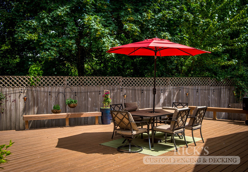 1210 - LifeStyle HDPE Composite Decking