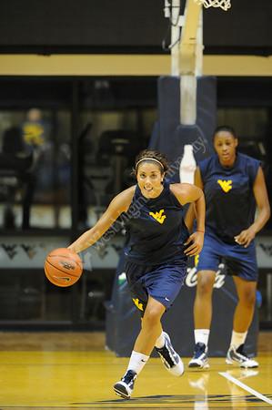 26340 Womens Basketball Practice