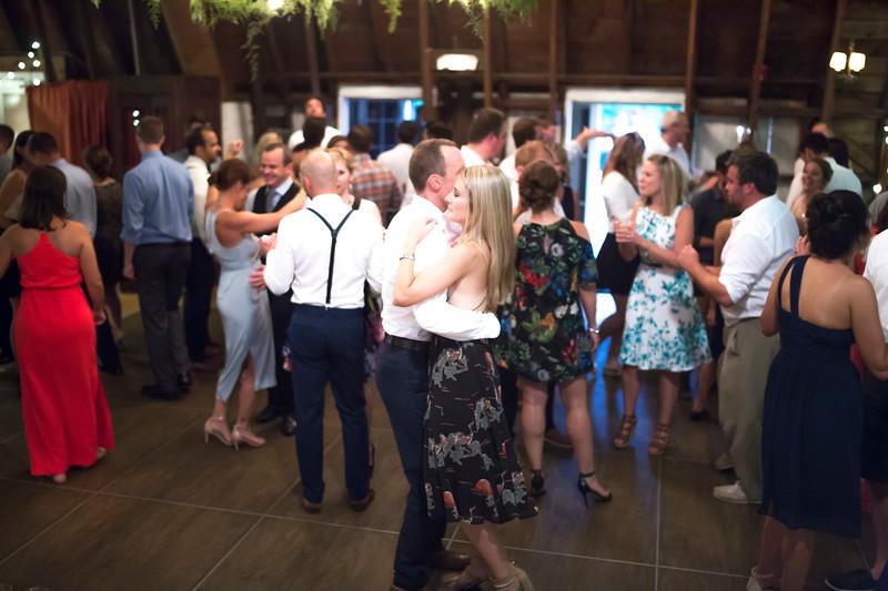 Garrett & Lisa Wedding (700).jpg