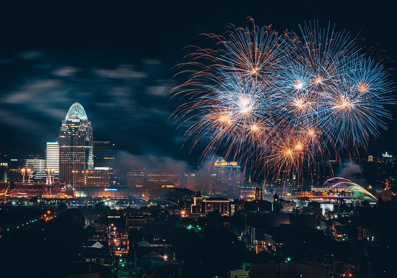 WEBN-Fireworks-FULL-8352.jpg