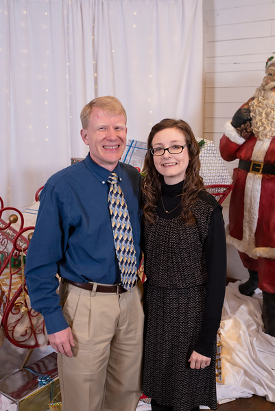 20191202 Wake Forest Health Holiday Provider Photo Booth 011Ed.jpg
