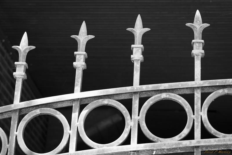 Gate Top