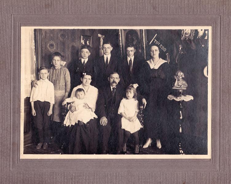 Agnes D Family.jpg