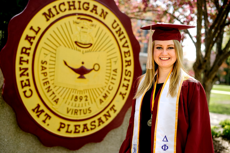 30-2017-16 Abbie Robinson's Graduation Photos.jpg