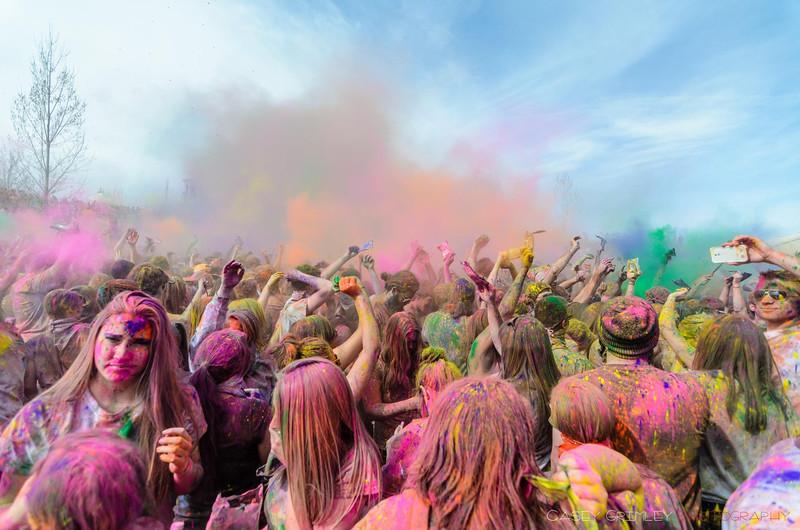 Festival-of-colors-20140329-231.jpg