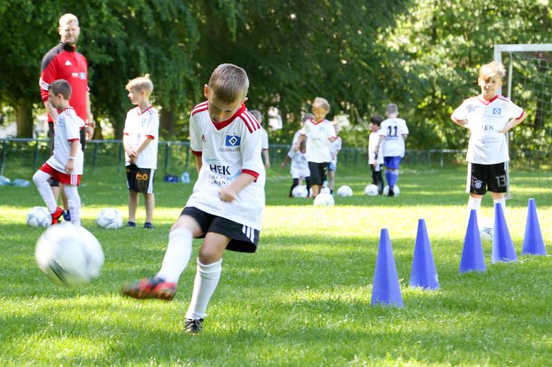 hsv_fussballschule-108_48047990378_o.jpg