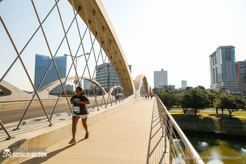 Fort Worth-Social Running_917-0324.jpg