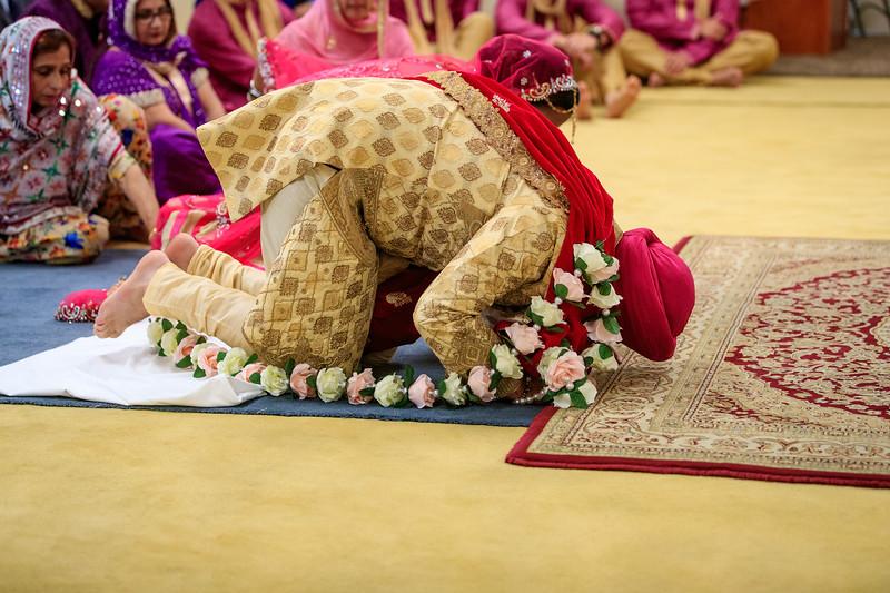 Neelam_and_Matt_Gurdwara_Wedding-1402.jpg