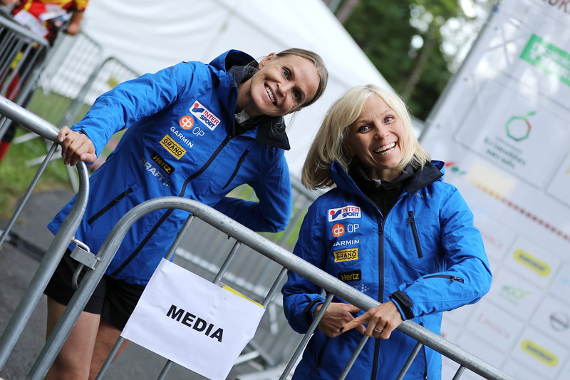 Joukkueen taustahenkilöitä, Anu Kangasniemi, Katja Mjösund