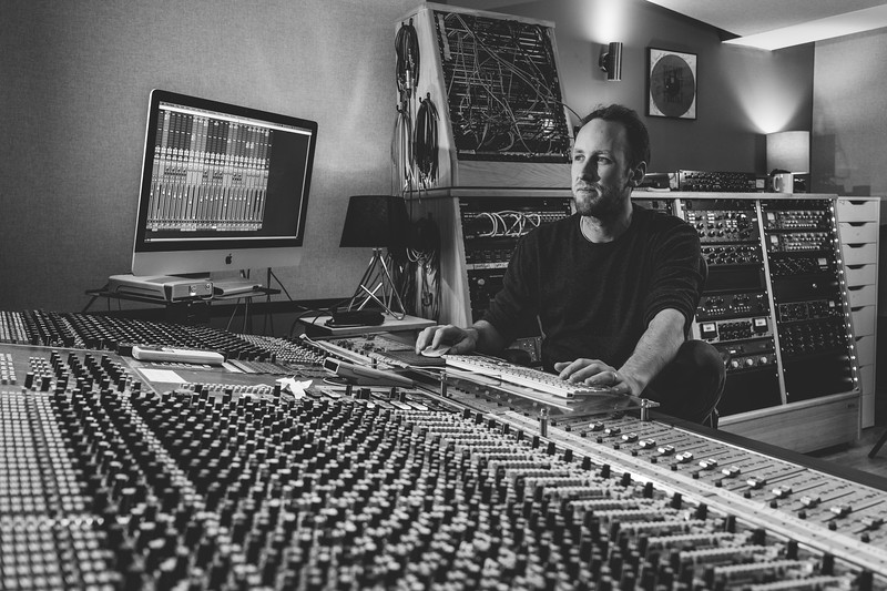 Tom Bish Studio 2019-4.jpg