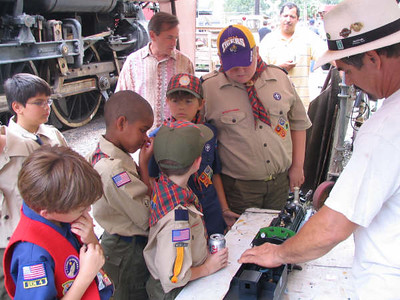 2007-09-23 Cub Scouts Train