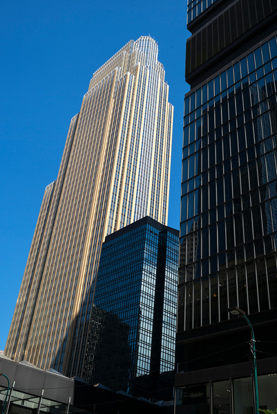 Wells Fargo Center at Downtown Minneapolis, Hennepin County, Minnesota, USA