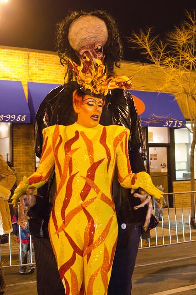 Halloween2012FireandGiantDSC_7386.jpg