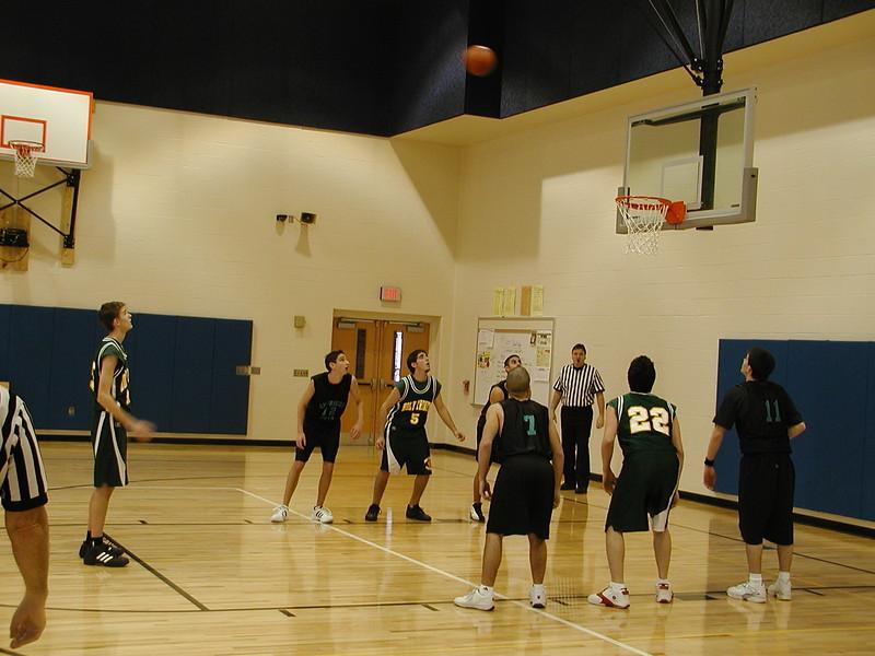 2004-02-07-GOYA-Holy-Cross-Tournament_027.jpg