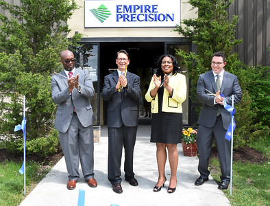 Mayor joins Empire Precision Plastics for ribbon cutting and tour. 5/18/2017