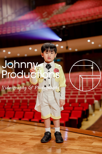 0011_day 1_yellow shield portraits_johnnyproductions.jpg