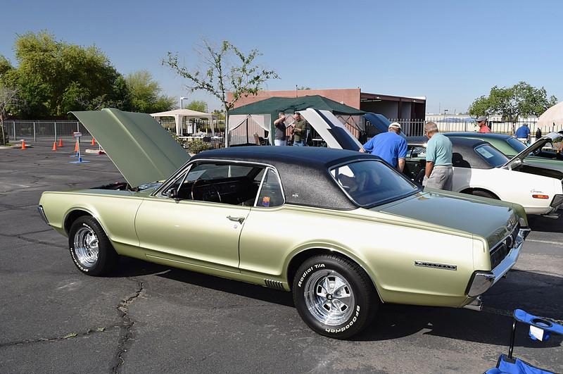 Mercury 1967 Cougar XR-7 rr lf.JPG