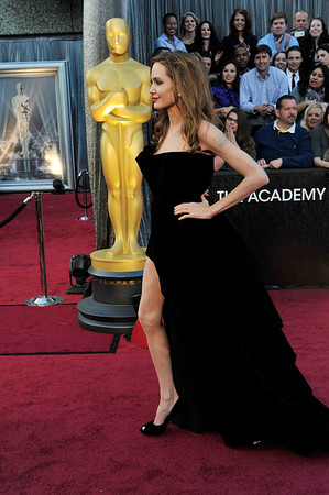 THE 84TH OSCARS RED CARPET HELD ON HOLLYWOOD & HIGHLAND ON FEBRUARY 26, 2012