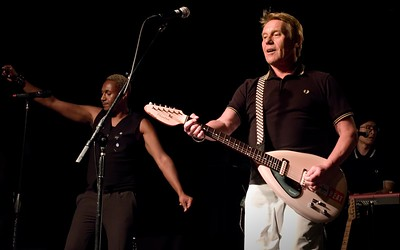 The English Beat starring Dave Wakeling