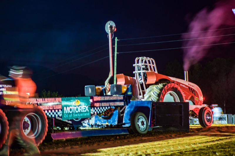 Tractor Pulling 2015-01807.jpg