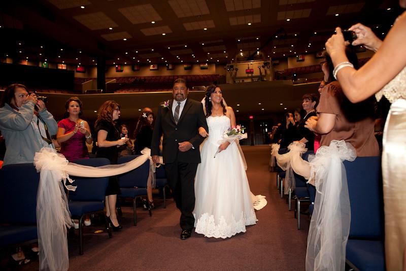 2011-11-11-Servante-Wedding-85.JPG