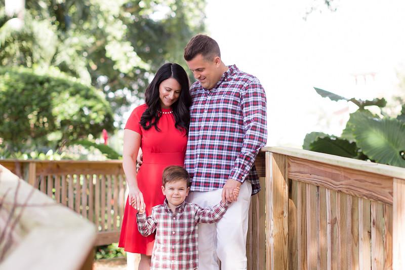 Holiday 2020 Tempone Family-2.jpg