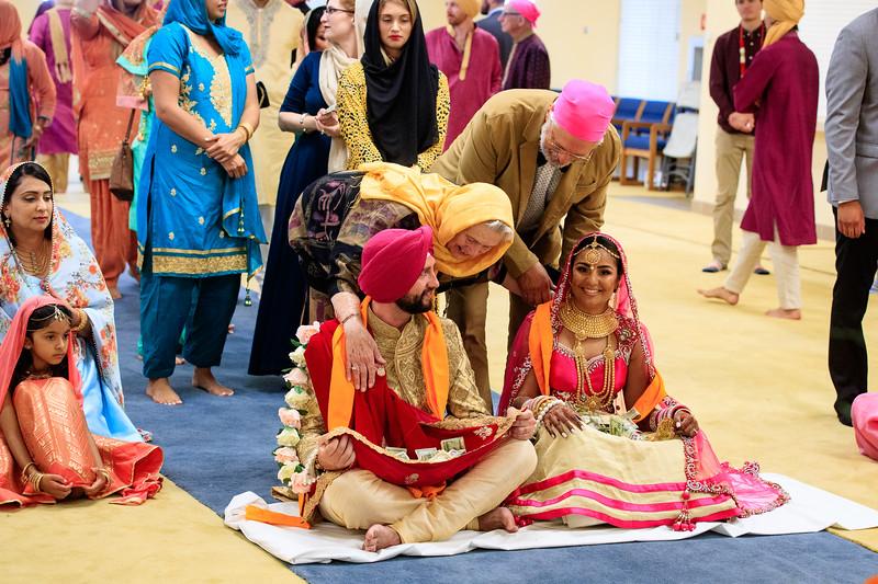 Neelam_and_Matt_Gurdwara_Wedding-1522.jpg