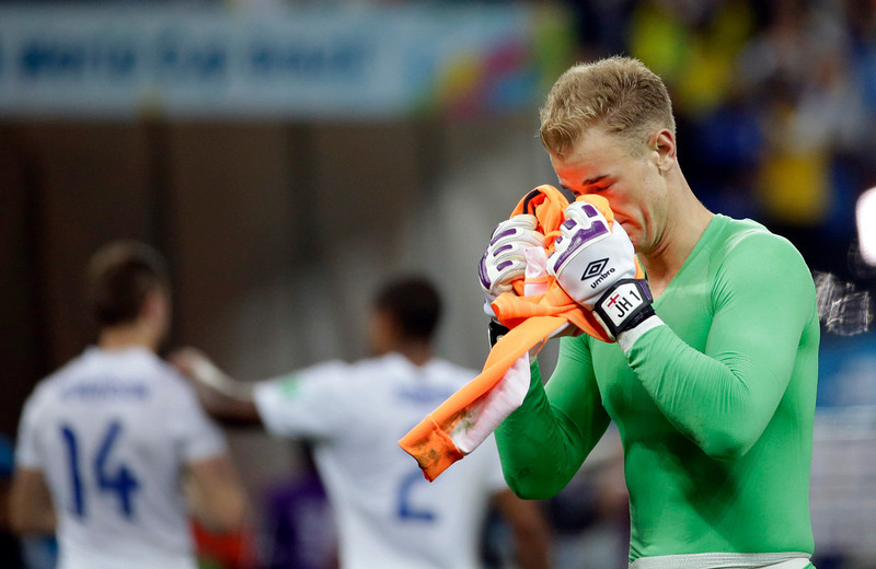 . England\'s goalkeeper Joe Hart walks off the pitch after Uruguay\'s 2-1 victory over England during the group D World Cup soccer match between Uruguay and England at the Itaquerao Stadium in Sao Paulo, Brazil, Thursday, June 19, 2014. (AP Photo/Felipe Dana)