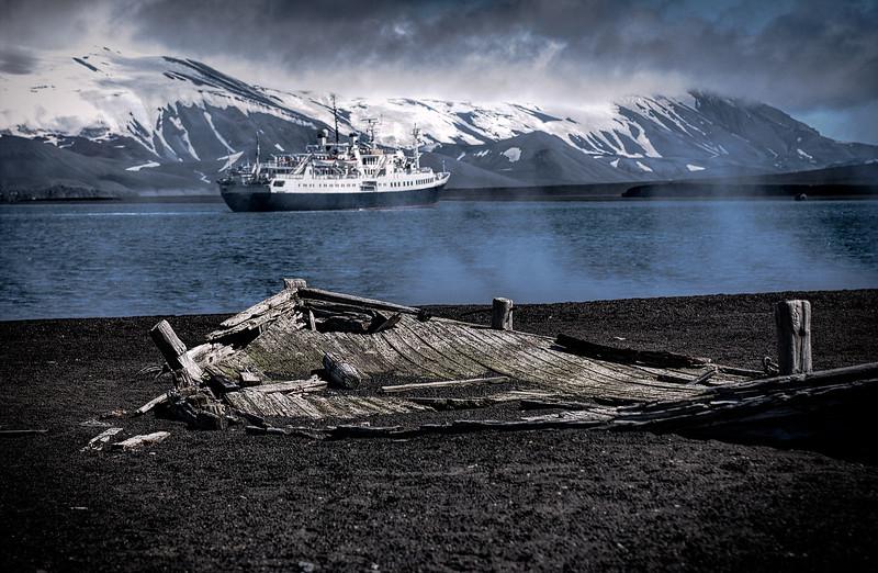 whaling boat 4-Edit.JPG