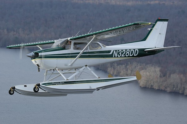 "Protocom 1973 Cessna 172M ""Skyhawk"", Norfolk, 24Feb18"