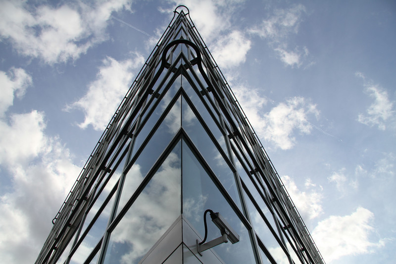 Foster + Partners building