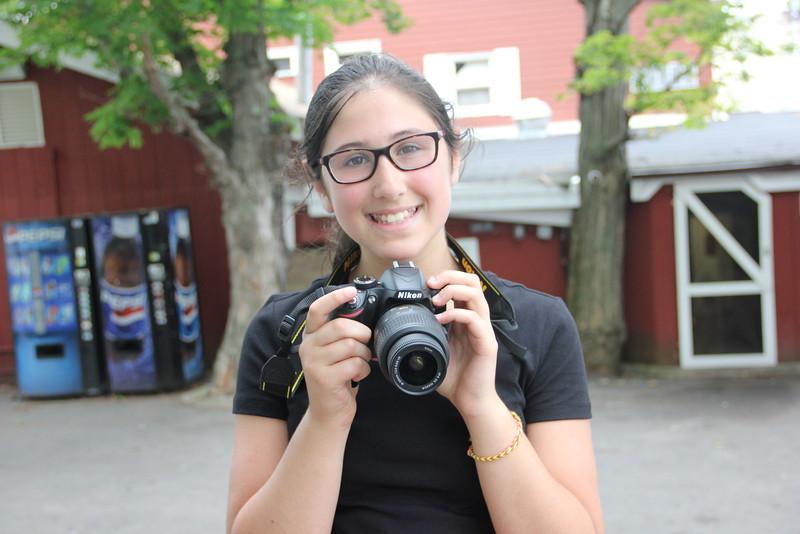 kars4kids_thezone_camp_GirlDivsion_workshops_Photography (19).JPG