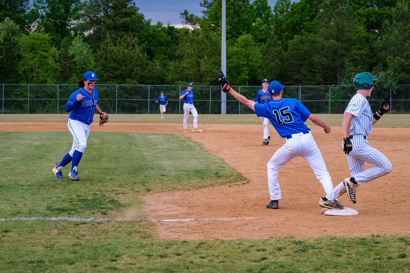 TCS Varsity Baseball 2021 - 300.jpg