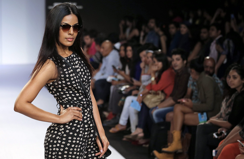 . A model presents a creation by British label Dorothy Perkins during the Lakme Fashion Week Summer/Resort 2014 in Mumbai, India, 13 March 2014. Some 92 designers will be showcasing their collections at the event from 12 to 16 March.  EPA/DIVYAKANT SOLANKI