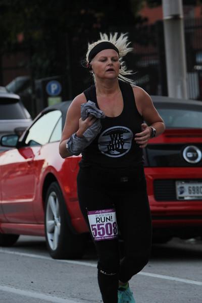 Indy Women's Half - Mile 1 partial 5K