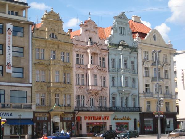 houses_2.jpg