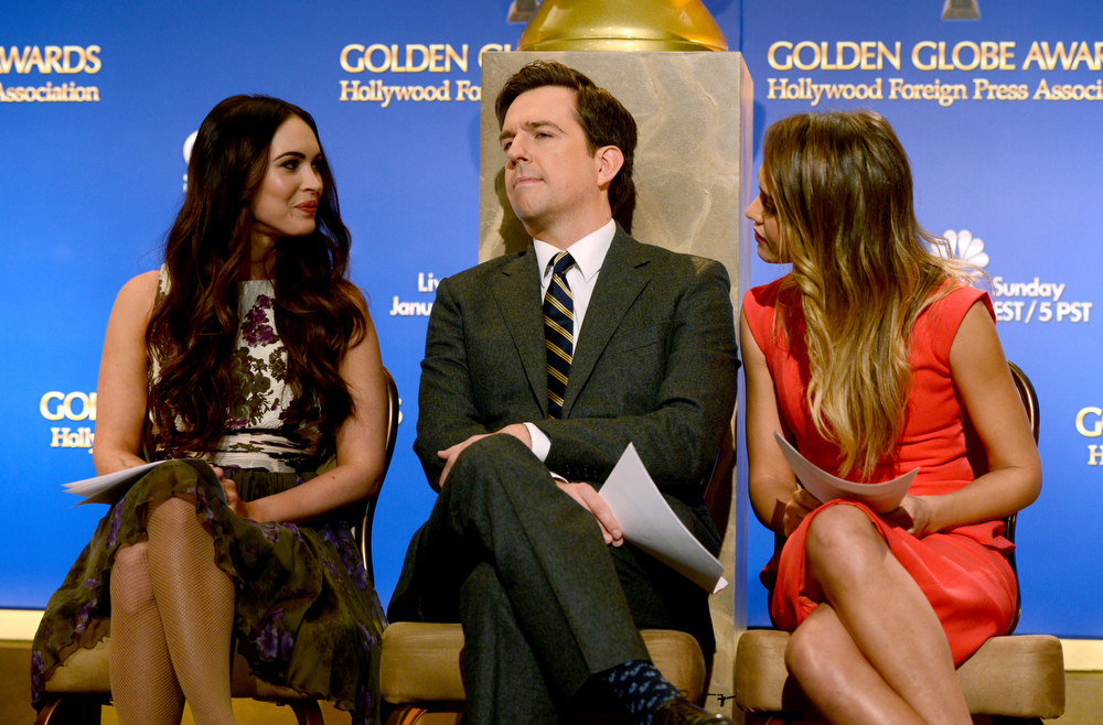 Description of . Actors Megan Fox, Ed Helms, and Jessica Alba onstage during the 70th Annual Golden Globes Awards Nominations at the Beverly Hilton Hotel on December 13, 2012 in Los Angeles, California.  (Photo by Kevin Winter/Getty Images)