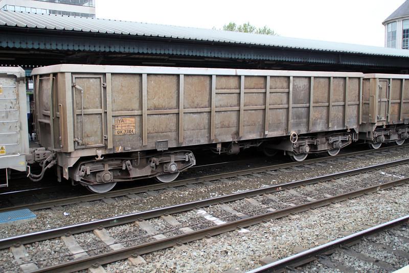 JYA 3284 on 7v82 Crawley-Merehead at Reading 01/06/12