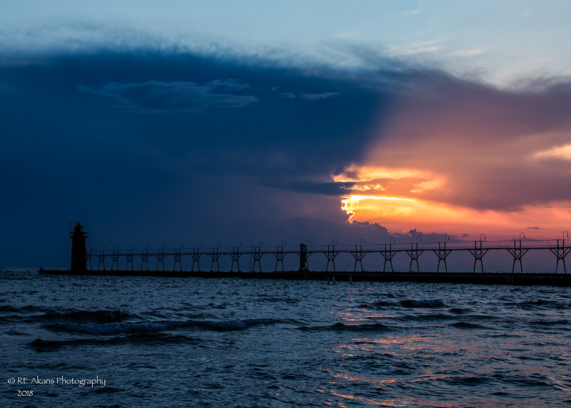 South Haven Pier 5215 HDR.jpg