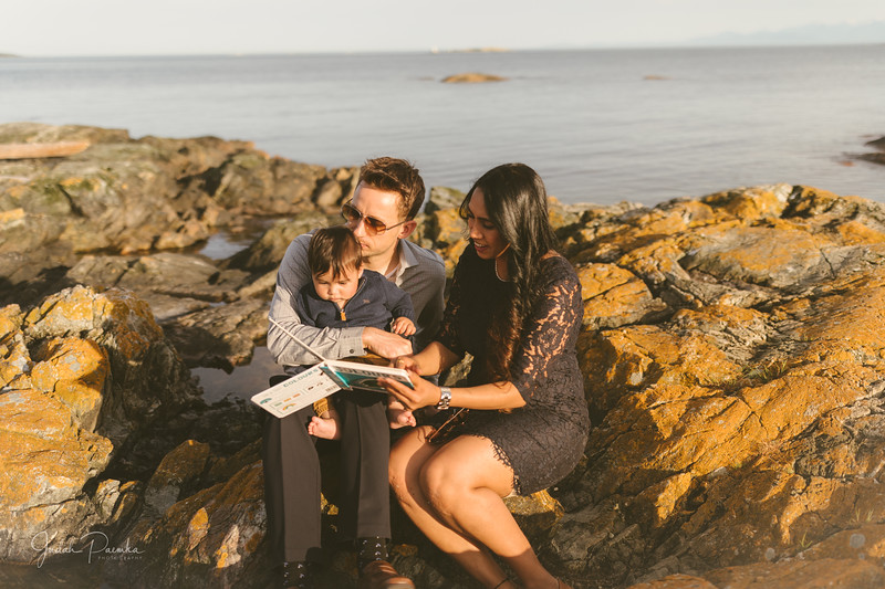 Baby Shower; Engagement Session; Mount Washington HCP Gardens; Chinese Village; Victoria BC Wedding Photographer-175.jpg