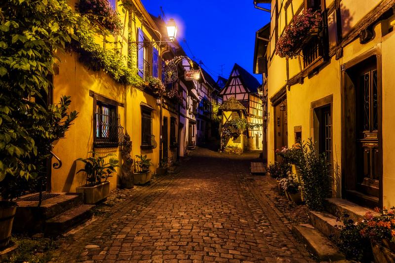 Eguismheim alsace town street disney cute france.jpg