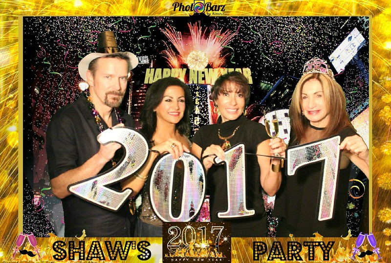 Shaws NYDay Party (61).jpg