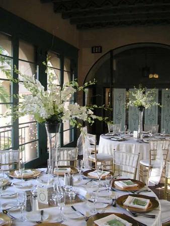 "Balboa Park Loggia Room- 2"" tall orchid arr $145"