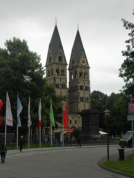 Church-of-St.-Castor.jpg