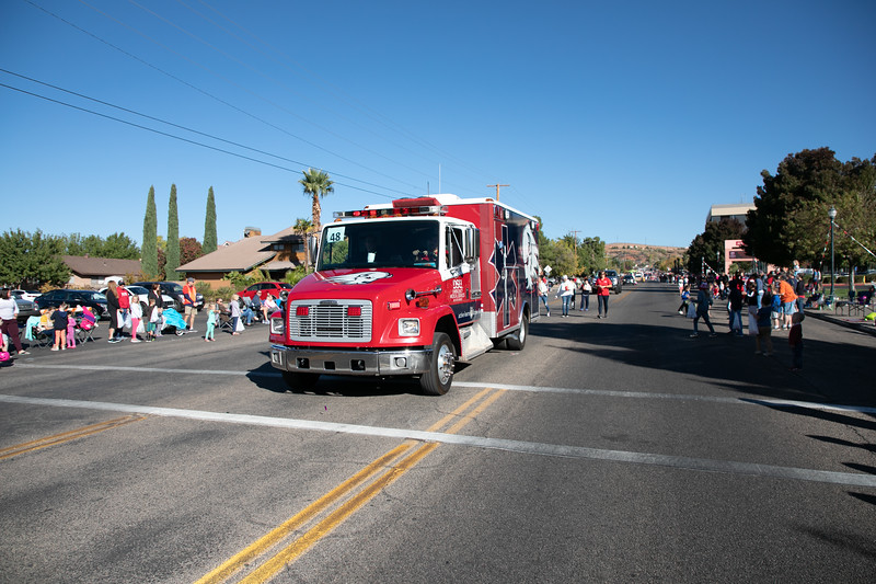 HOMECOMING PARADE 2019-1988.jpg