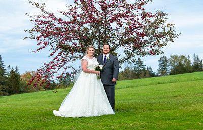 Sept Gold Wedding in Nova Scotia - Hannah & Tyler