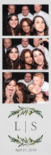 ELP0421 Lauren & Stephen wedding photobooth 141.jpg